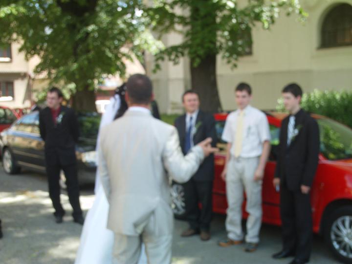 Amaterské fotky z naší svatby :-) - Obrázek č. 77