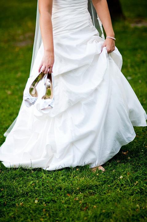 Majka{{_AND_}}Maťko - Ivory šaty a biele topánky. Rozdiel žiaden.