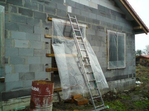 Upravený Bungalow 69 - 07.11.2009 - Naše nové okná a dvere. :-D