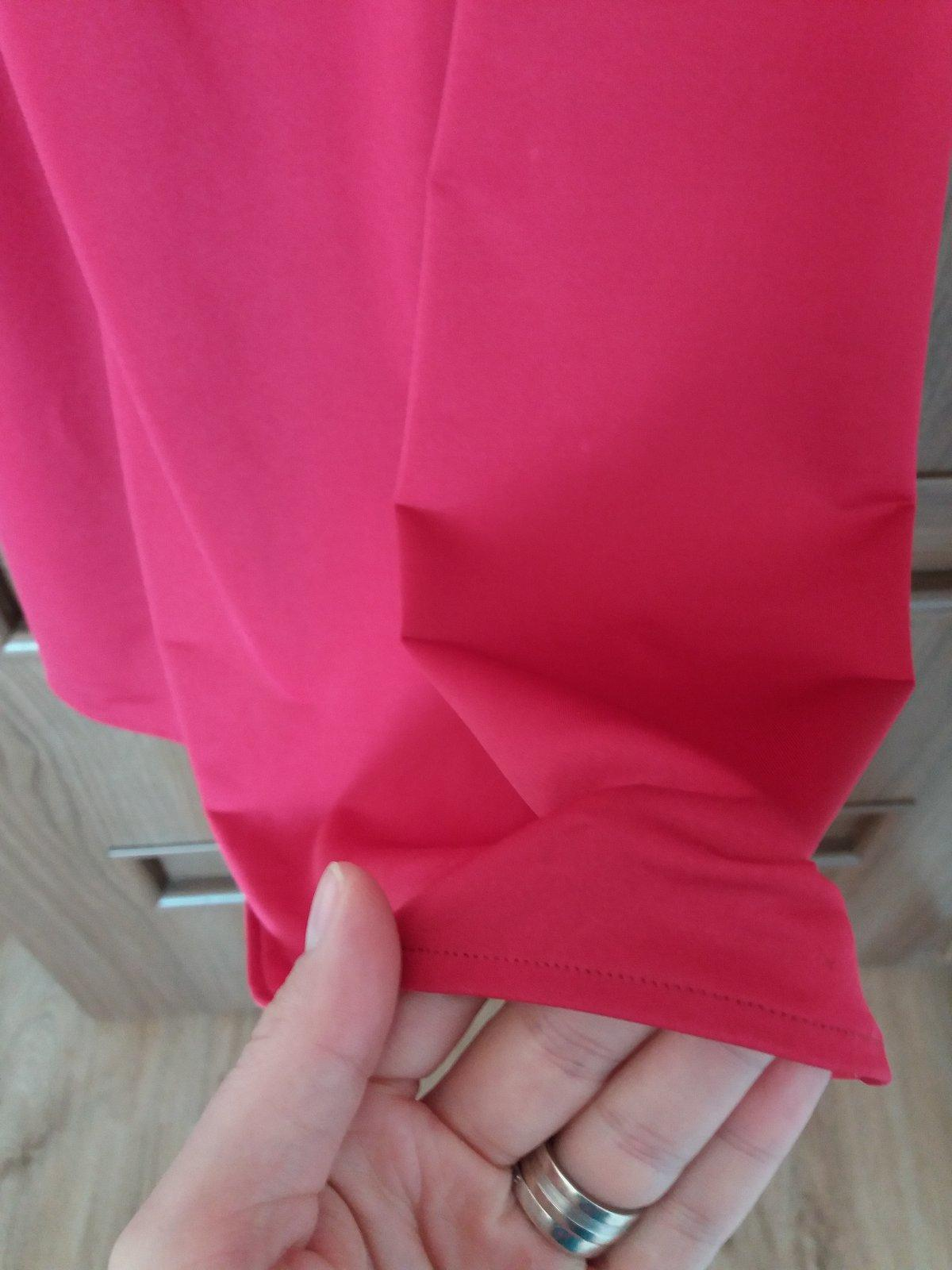 Priliehavé šaty - Obrázok č. 3
