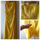 Princeznovské šaty, S