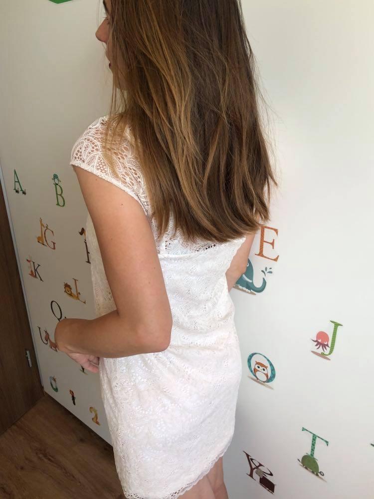Krémové čipkované šaty - Obrázok č. 2