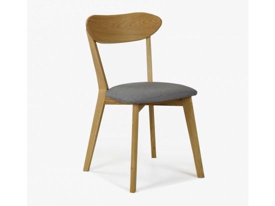 Ahojte ako ste spokojný s týmito stoličkami od Mirek stolárstvo?? A aký stôl k nemu?? S drevenými nohami alebo železnimy... - Obrázok č. 1