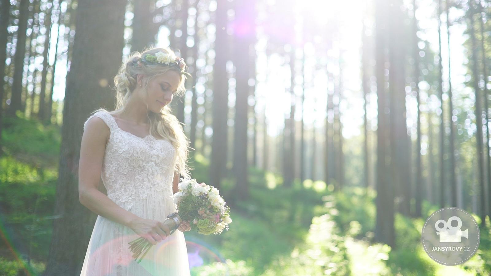 jansyrovy - Nádherná nevěsta Romana.