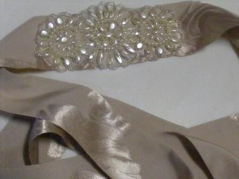 krémový opasok k šatám - Obrázok č. 2