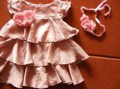šaty vhodné pre malú družičku+doplnky, 92