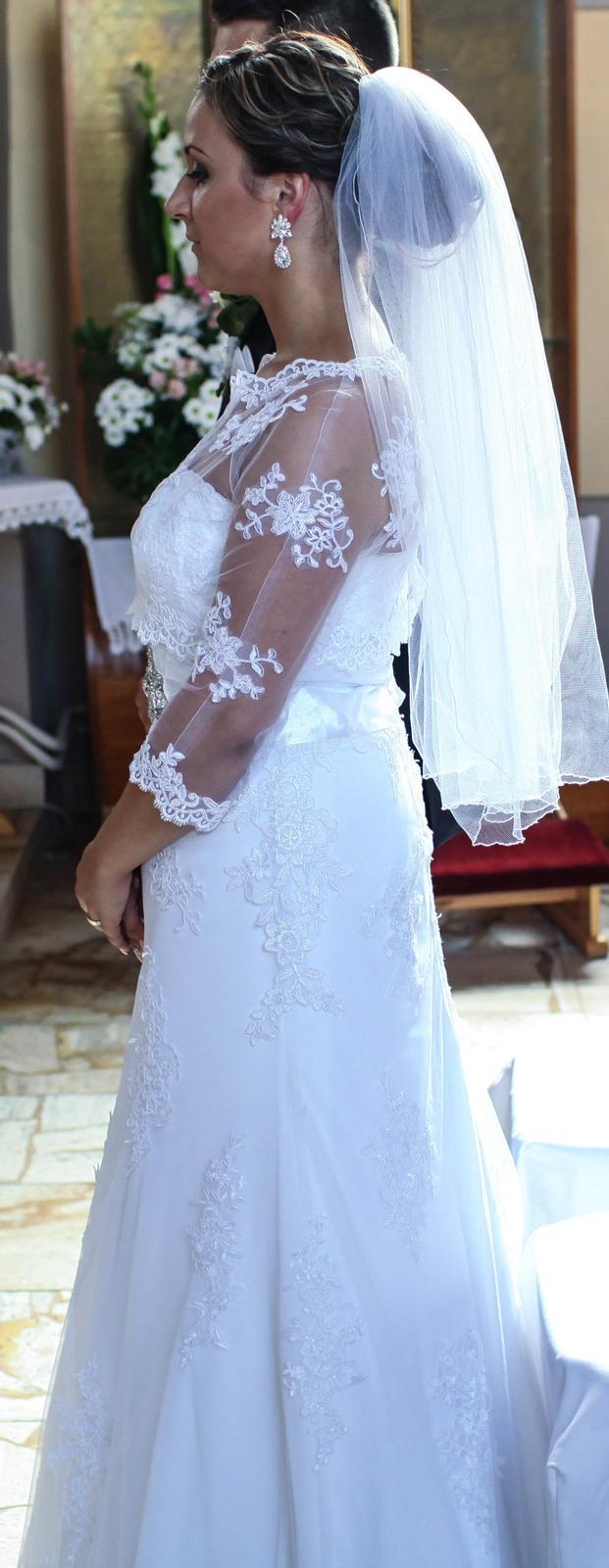 Krajkove svadobné šaty - Obrázok č. 2