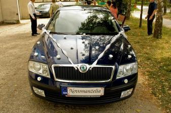 ..takto vyzeralo naše svadobné autíčko...