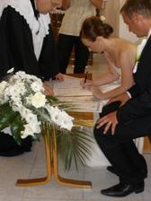 ..podpísané..:)