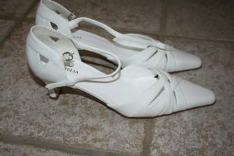 Ty, co z toho nakonec vyplynuly - koupené v obuvi v Českém Brodě