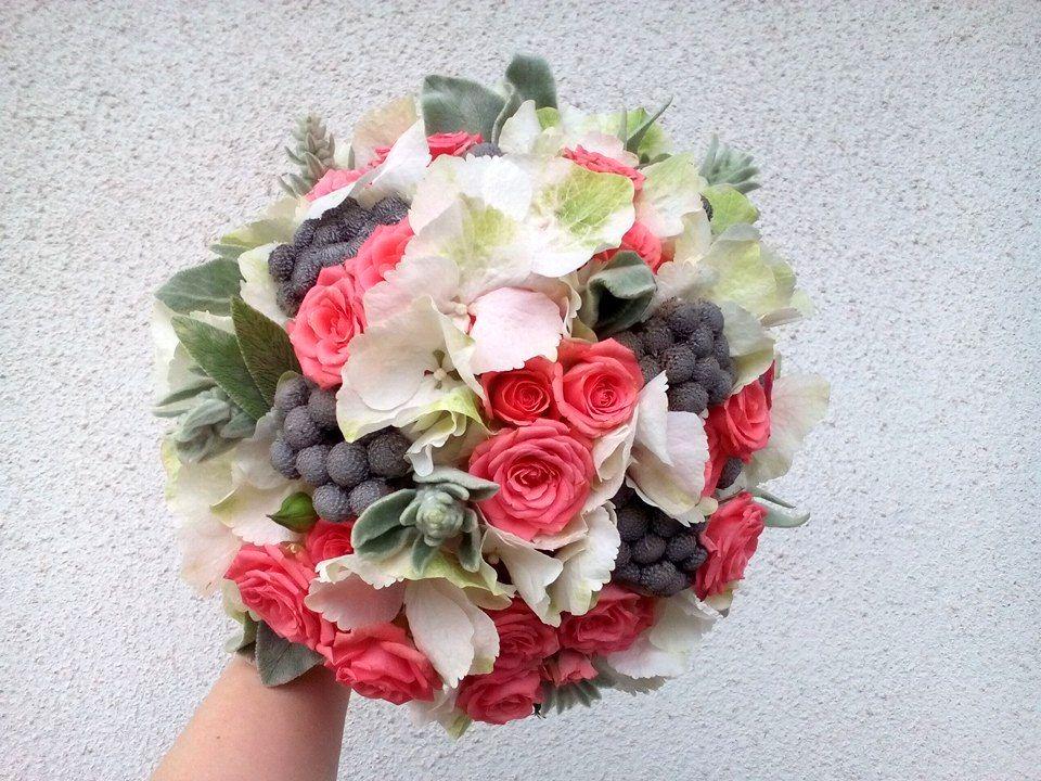 Holubičí šeď - svatební kytice
