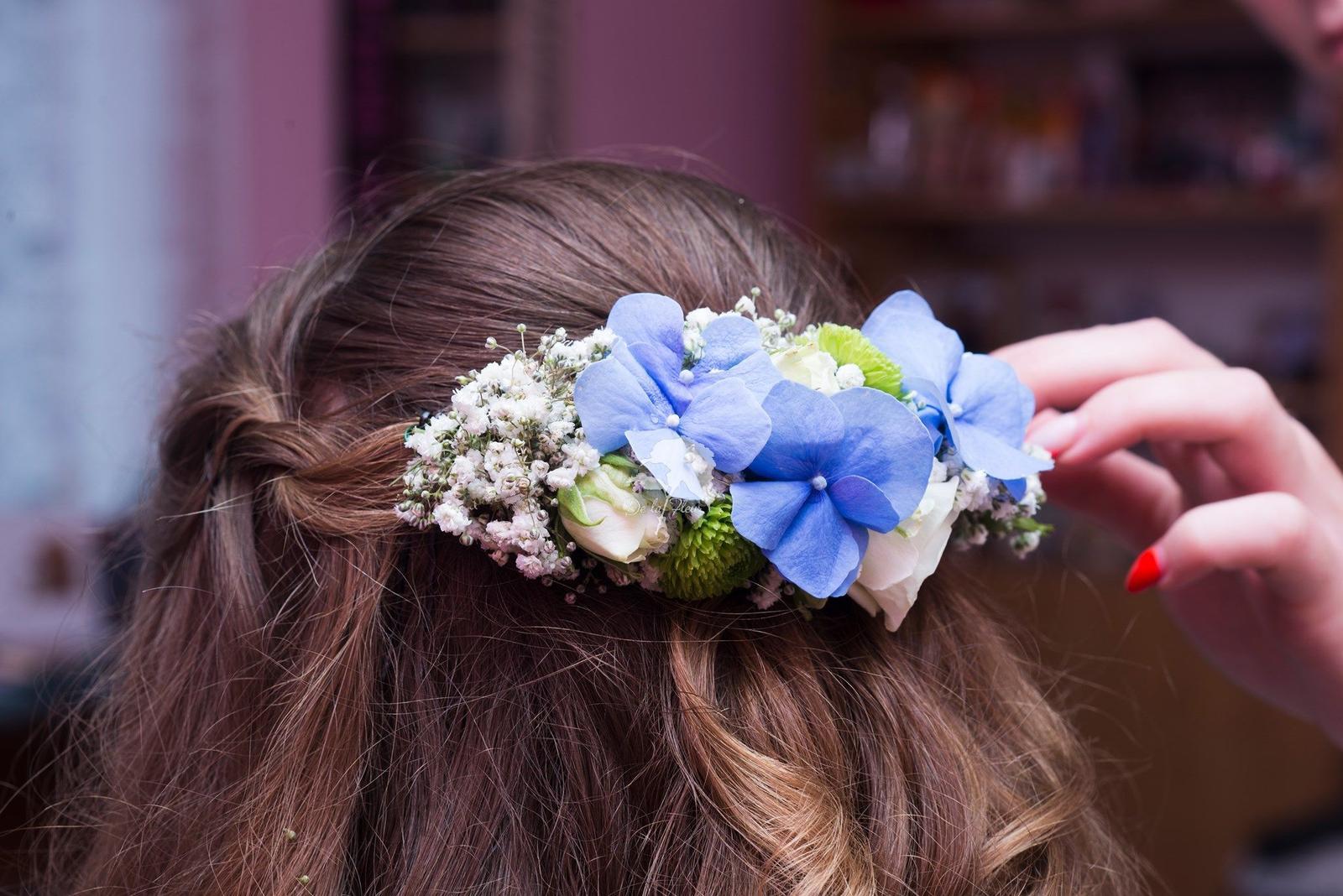 Květiny do vlasů... - Obrázek č. 15