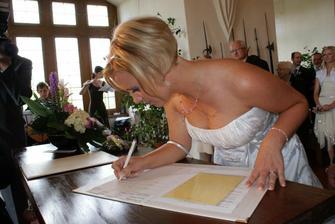 a první podpis...šlo to :-)