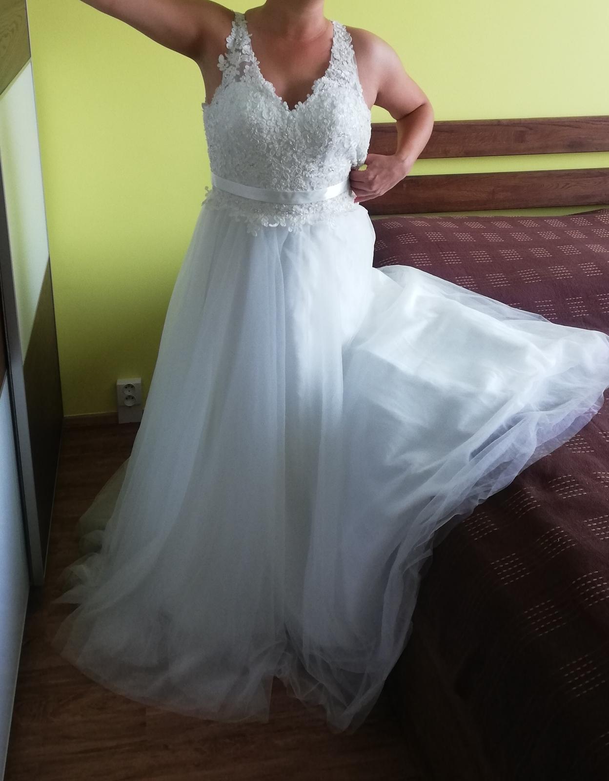 Nové Svatební šaty Luxuar Limited vel. 38 sedne taky vel.36 - Obrázek č. 3