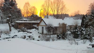 Západ slunce u nás,říkáme ,že je ten nejkrásnější,jaký si umíme představit.