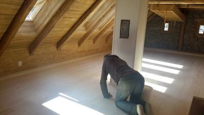 Podlahovky třeba místy zatmelit,nebo to nechat tak?