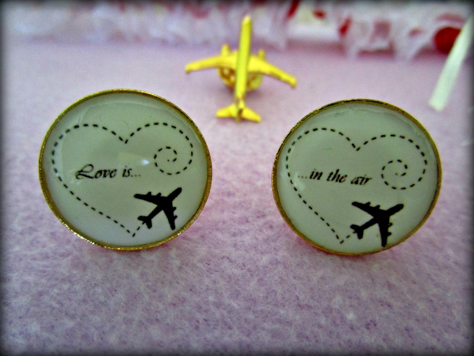 Naša malá letecká svadba ✈✈✈ <3 - Love is in the air....Motto našej svadby <3