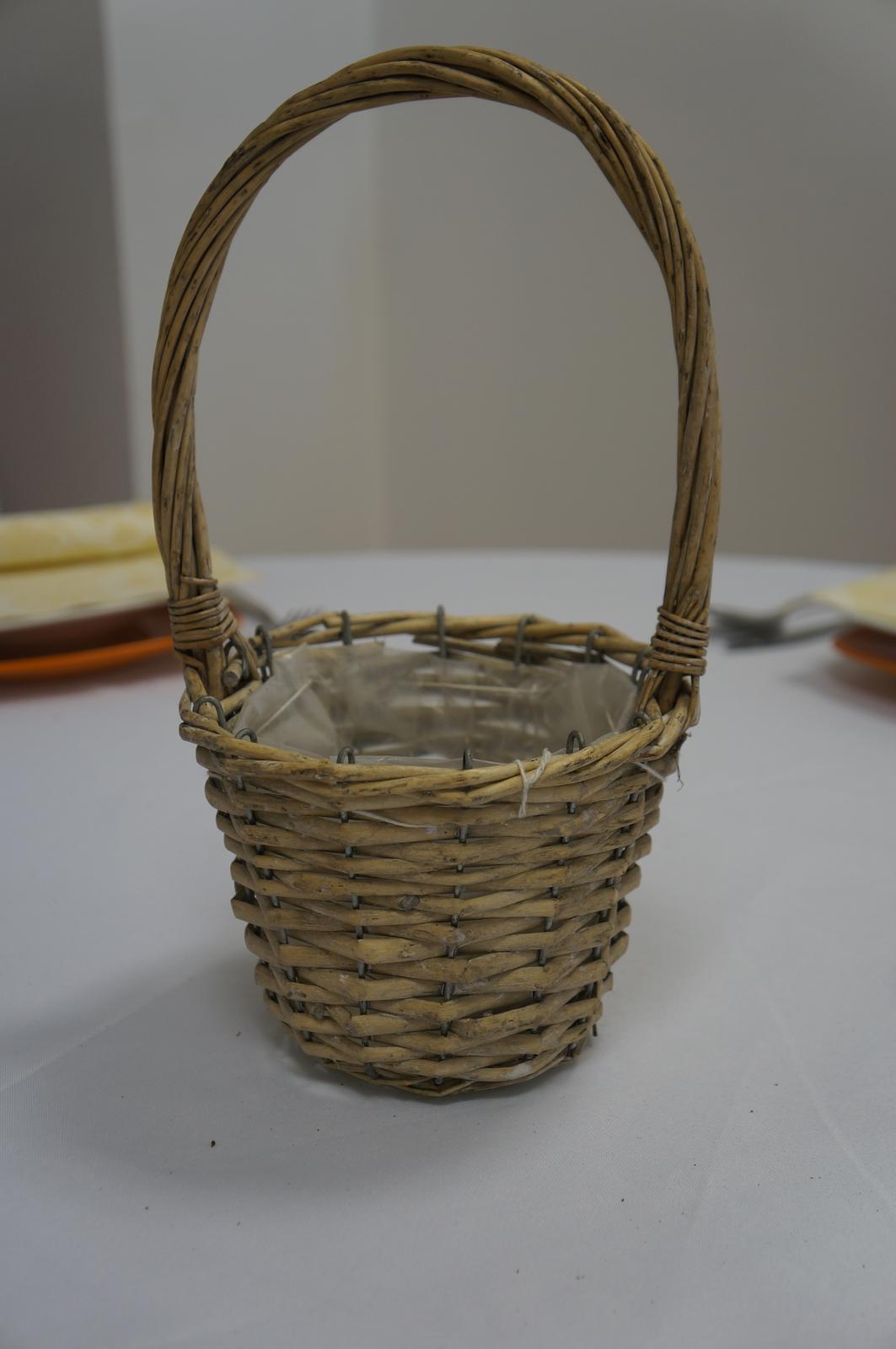 Košík na lupienky - prenájom - Obrázok č. 1
