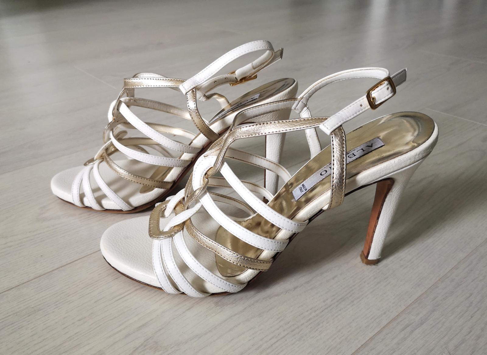 Svadobne sandale - Obrázok č. 1