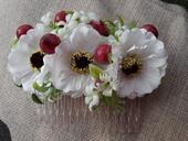 Hrebienok z umelych kvetov ,