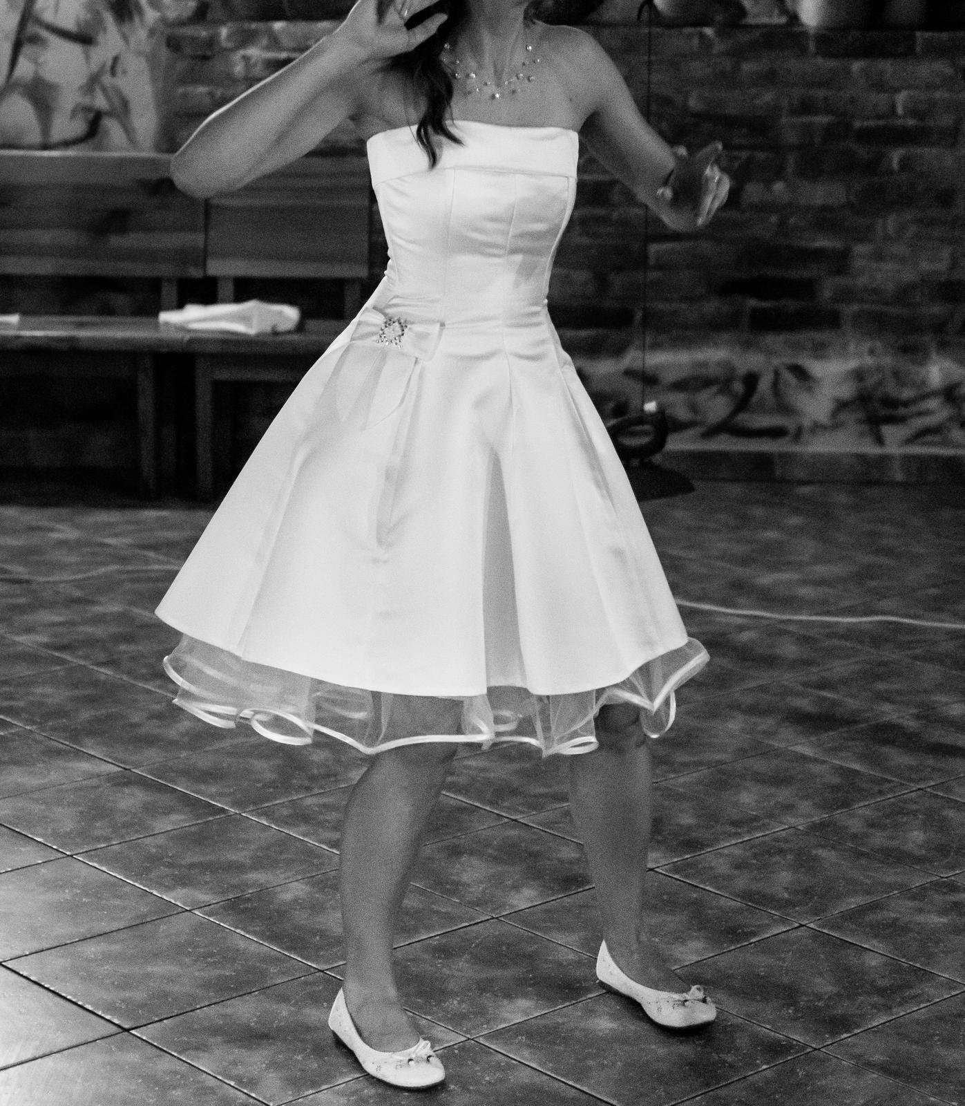 Svatební šaty retro krátké - Obrázek č. 3