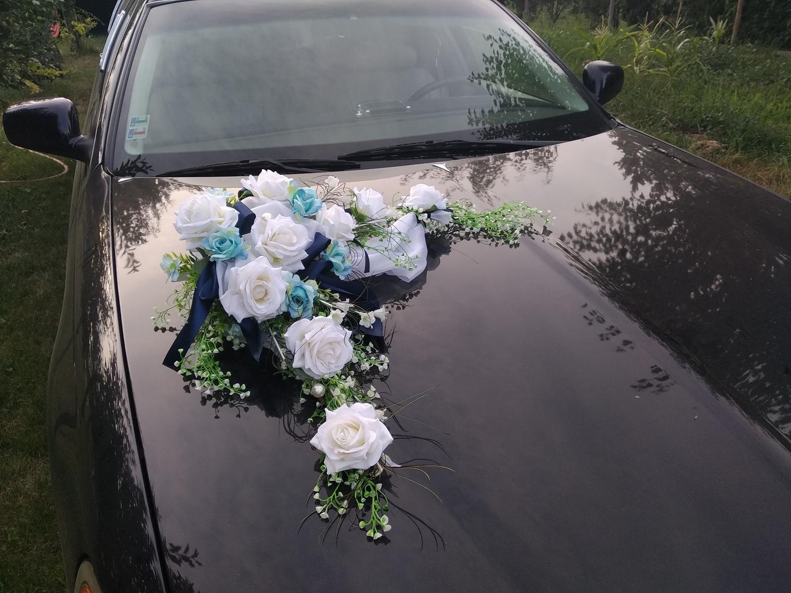 Kvetinové výzdoby - Modrá výzdoba