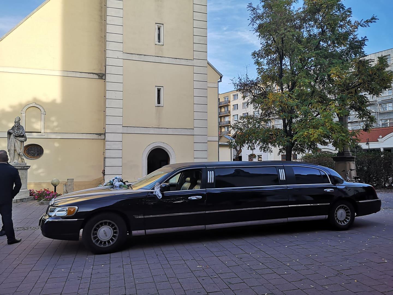Lincoln Town Car - svadba Dunajská Streda - Obrázok č. 1