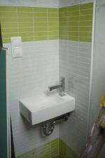 umývátko v horním wc..kolo quattro