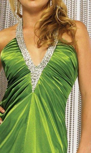 Spoločenské šaty 2 - detail dekoltu