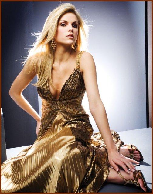Spoločenské šaty 2 - Obrázok č. 99