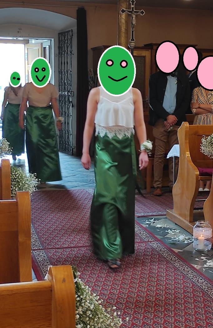 Tmavě zelená saténová zavinovací sukně pro družičky - Obrázek č. 1