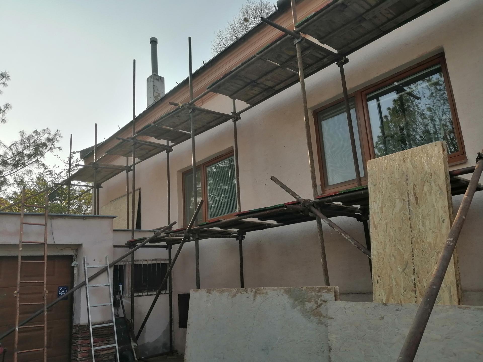 Prestavba podkrovia zo sedlovo valbovej na sedlovú strechu. - Obrázok č. 18