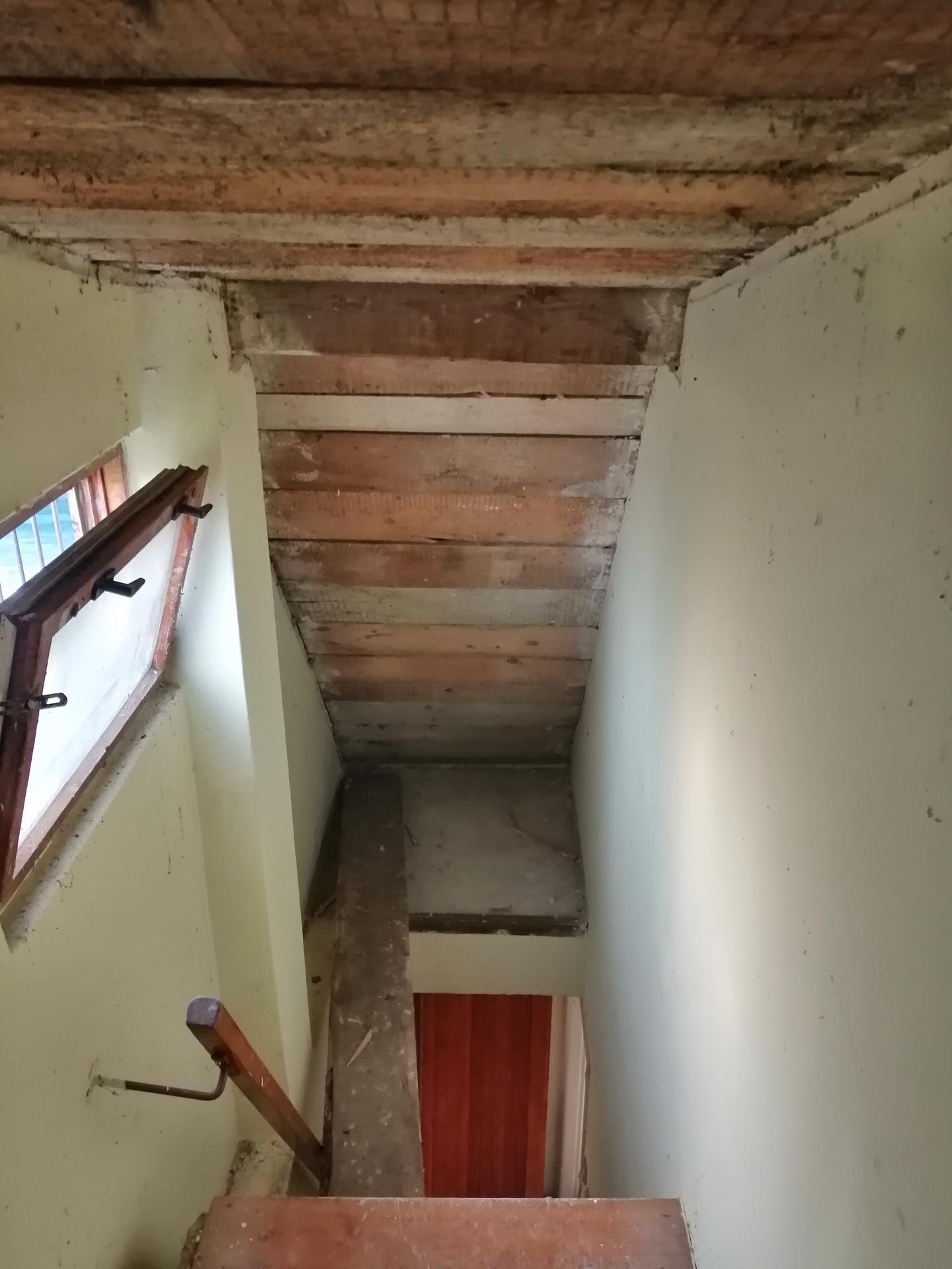 Prestavba podkrovia zo sedlovo valbovej na sedlovú strechu. - Obrázok č. 22