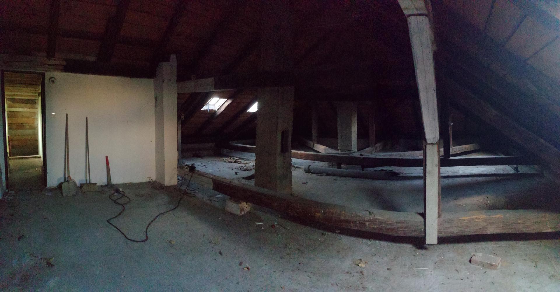 Prestavba podkrovia zo sedlovo valbovej na sedlovú strechu. - Obrázok č. 29