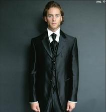 oblek 1