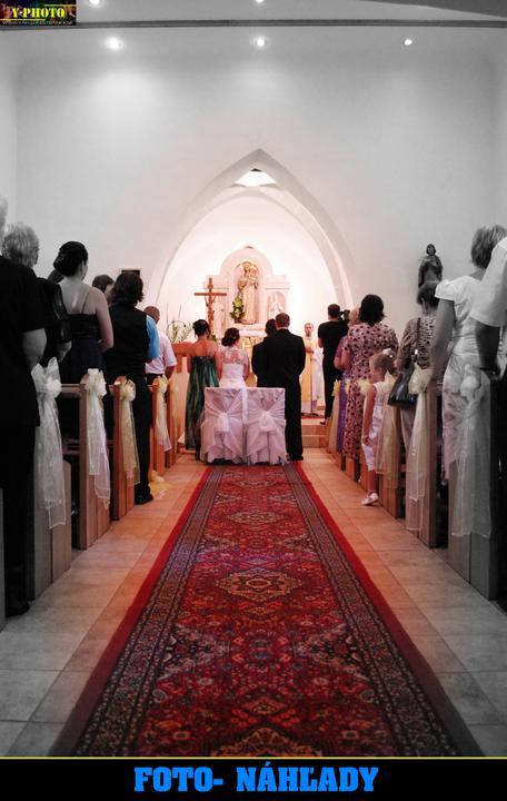 Zuzana Petrušová{{_AND_}}Marek Dvorščák - kostol v Orkucanoch :D