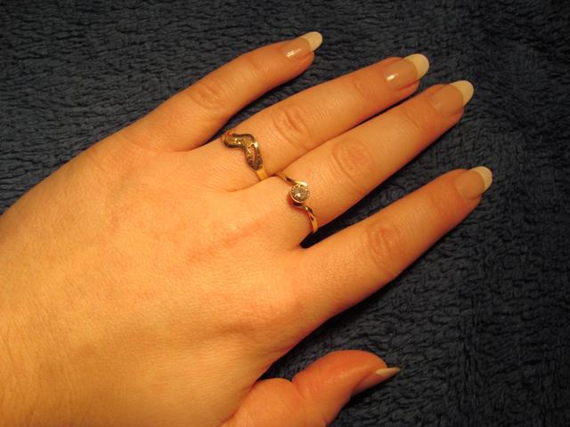 Konteska a Mucko - moj krásny zasnubný prstienok