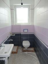 wc pri kúpelke