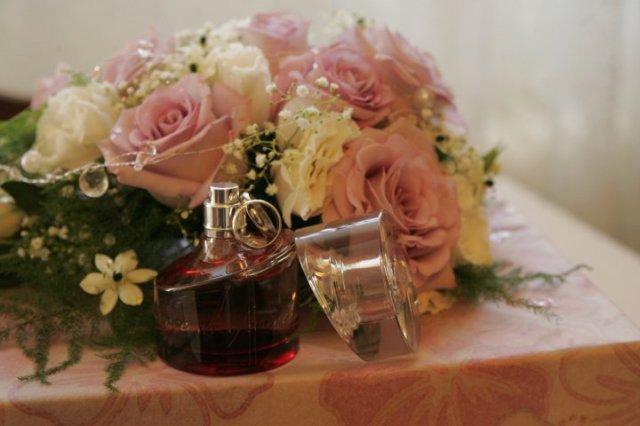Zuzana{{_AND_}}Alun - Moja kytička, parfem a naše prstienky