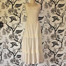 Hezké jednoduché šaty