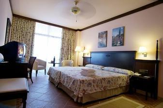 ...hotel Barcelo Jandia playa...
