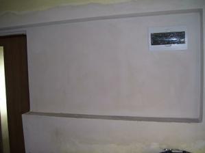 okna vymlácená a zazděná,udělané dveře