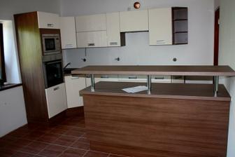 Máááááme kuchyni :) Ještě teda není obložená a vymalovaná