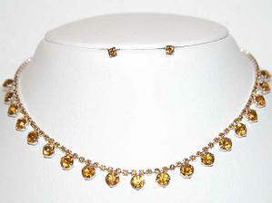 chjo.... šperky budou taky na dlouhý výběr