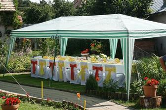 po obrade neformálna garden party, ktorá mala ohromný úspech :)