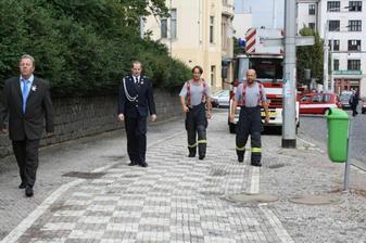 """""""Čárlího"""" andílci v hasičském.."""