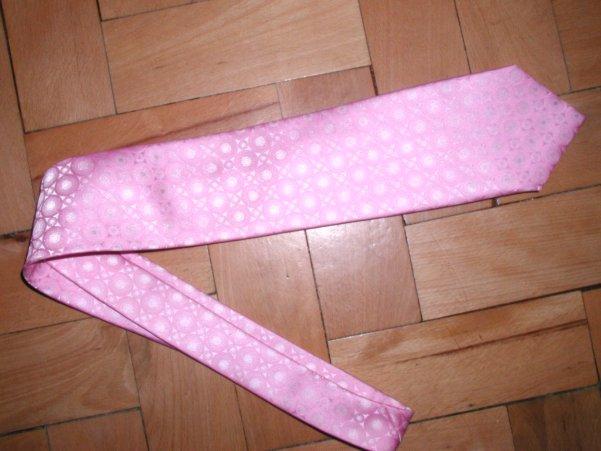 Co uz mam(e) k 27.08.2005 - kravata