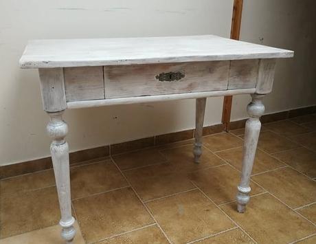 Obřadní stolek rustikal - Obrázek č. 1