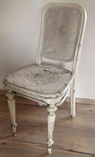 Ako mama zacala brusit stolicku a zistila ze ma doma 150 rocnu Thonetku Arabellu....juchuuuuuu!!!!