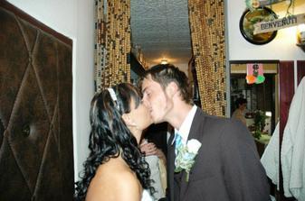 první setkání ve svatební den
